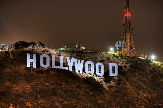 hollywood-sign-night